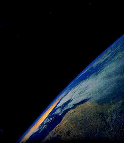 EarthViewFrom100kilometers